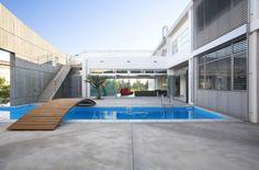 ARMON Choros Architektonikis | Chalkidos Street Residence on http://www.arthitectural.com