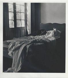 """Kati Horna - """"Oda a la Necrofilia"""" series 1"""