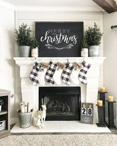 Christmas Holiday Fireplace Mantle Decoration Ideas Black White Plaid Stockings DIY #interiordecorstylesfamilies