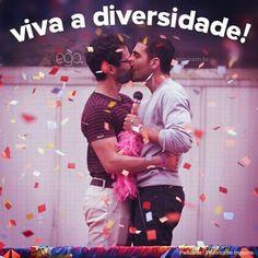 """Poncho como""""Hernado"""",nas gravações de sense8 na Parada LGBT em São Paulo 29/05 - ♡♡♡♡♡"""