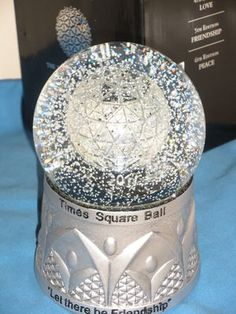 Waterford Times Square New Year 2012 souvenir snowglobe