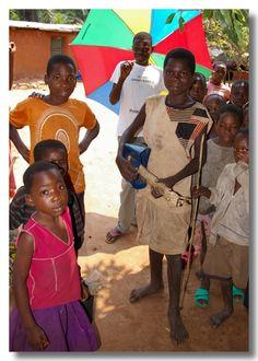 Guitar hero - Mbuji Mayi, Kasai-Oriental - Democratic Republic of Congo