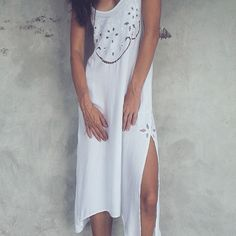 Easy wear spring summer midi dress by Uma with embroidery detailing for that unique edge. Belt with heels or hat with sandals, anything goes. Moving Gif, Clothing Labels, Easy Wear, White Dress, Spring Summer, Hat, Embroidery, Sandals, Heels