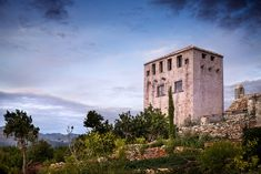 Magical Croatian Tower creating a castle like atmosphere Villas, Earthy Color Palette, Art Deco, Stone Masonry, House By The Sea, House Doors, West Village, Old Stone, Stone Houses