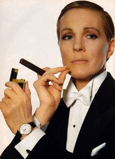 Julie Andrews, photographed by Irving Penn for American Vogue, May 1982.