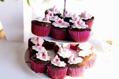 Aniversário chá de bonecas cupcakes