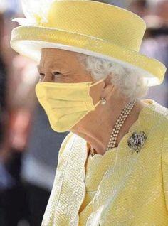 Elizabeth Philip, Princess Elizabeth, Princess Mary, Queen Elizabeth Ii, Queen Hat, Queen Outfit, Royal Family Portrait, Prince Charles And Diana, Prince Philip