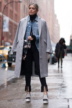 The Best Street Style At New York Fashion Week Autumn Winter 2017... - Fall-Winter 2017 - 2018 Street Style Fashion Looks