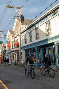 24 Small New England Towns You Absolutely Need To Visit - Provincetown, MA