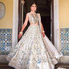 Stunning Anita Dongre Lehengas Spotted On Real Brides Pink Bridal Lehenga, Red Lehenga, Indian Lehenga, Lehenga Choli, Indian Dresses, Indian Outfits, Indian Clothes, Indian Attire, Indian Wear