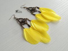 Купить Серьги из ярко-желтых перьев - лимонный, желтый, перья, перо, Перо натуральное