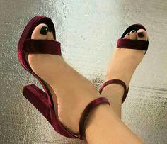 Pedicuras en invierno igual que en verano 🔝🔝🔝PERFECT!!@real.shoes.fashion #zaragoza #bloggerzaragoza #bloggernet #blogger #fashion #pedicura #wedding #novias #bodas