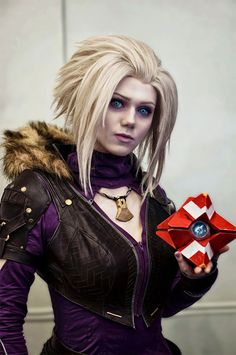 The Queen Of Destiny Cosplay