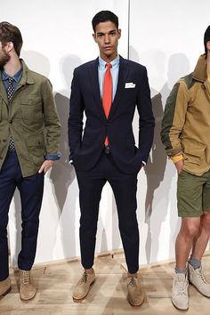 ⇒ Comment bien assortir cravate et chemise : Guide complet ! © TieClub.fr