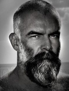Short well groomed #beard #style #killtheshave #noshavelife #beardsofinstagram #beardedbasturds #beardgang