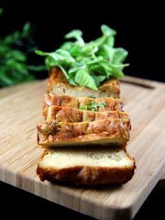Cake au thon et aux olives - Recette de cuisine Marmiton : une recette