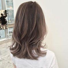 外国人風ハイライトカラー . . . . cut ¥8,200~ cut + color ¥15,400~ cut + color + Hi light ¥23600~ . . #shima#hair#ginza#hairarrange#mirandakerr#mery #ヘアー#ヘアスタイル#ボブ#ロングヘアー#コーデ#コーディネイト#ヘアカラー#ヘアアレンジ#アイロン#アッシュ#アッシュカラー#ハイライトカラー#外国人風ハイライトカラー#外国人風ヘアー#ラベンダーアッシュ #ミランダカー#メリー#銀座
