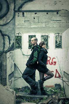 factory ❘❙❚ toonzshop ; alternativ couple ; chaos ; tattoo ; clothes ; piercing ; squat ; abandoned place ; graffiti ; underground