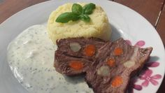 Krkovička pečená na rozmaríne a pive Mashed Potatoes, Ethnic Recipes, Food, Whipped Potatoes, Essen, Yemek, Smash Potatoes, Meals