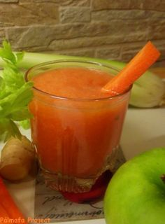 Greens Recipe, Punch Bowls, Smoothies, Carrots, Vitamins, Juice, Food And Drink, Diet, Baking