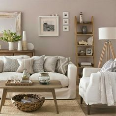 Neutral Coastal Living Room Decor Ideas with a Beach Vibe from House to Home - Coastal Decor Ideas and Interior Design Inspiration Images Coastal Living Rooms, Home Living Room, Living Room Designs, Living Room Decor, Coastal Cottage, Coastal Decor, Coastal Farmhouse, Apartment Living, White Living Rooms