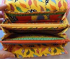 Multi compartment wallet/purse.