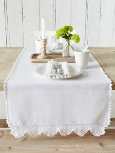 Make a beautiful, Scandi-inspired statement in your kitchen or dining room with our luxurious collection of table linen, including placemats and napkins. Christmas Table Linen, Nordic Christmas, Table Runner And Placemats, Table Runners, Crochet Home, Crochet Trim, Welcome Table, Wedding Table Linens, Linen Napkins