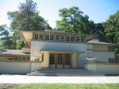 Mrs. A. W. Gridley House. Batavia, Illinois. 1906. Frank Lloyd Wright. Prairie Style.
