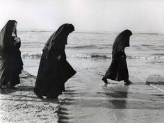 The quest for that fabled second set of footprints might well carry on until the end of time if Sister Charlene has her way.  Jac. de Nijs, near Zandvoort, Holland  [photo via the Nationaal Archief]