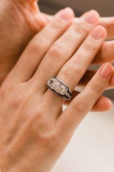 Ideas Art Deco Engagement Ring Onyx Vintage For 2019 Art Deco Ring, Art Deco Jewelry, Fine Jewelry, Jewellery, Jewelry Rings, Nail Ring, Ring Verlobung, Onyx Ring, Nail Nail