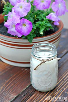 DIY Mason jar citronella candles.  #masonjar #DIY