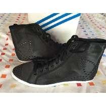 new styles e4e38 6370f Zapatillas Botitas Adidas Sleek Series Mujer Talle 39.540