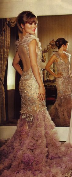 I've been in love with embroidered mermaid gowns since Vogue 2003 cover of Nicole Kidman in a Atelier Versace. Pure beauty.
