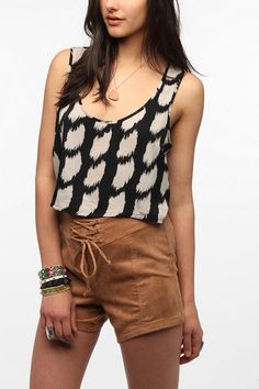 Urban Outfitters - byCORPUS Breezy Cropped Tank Top