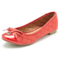 These microsuede quilted flat ballet shoes are a wardrobe must have. Detailed with a quilted outer and bow embellishment at the toe. Features a padded foot bed and slip resistant outsole. Other colours available. Sizes 6-11.
