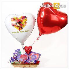 Überraschen Sie Ihre Mama mit feinstem Schokoladengenuss aus dem Hause Milka. Pünktlich zum Wunschtermin schwebt dieser Geschenkkorb gemeinsam mit zwei Herzballons bei Mama ein.