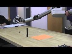 Video: Robotic Hand Designed to Disarm Bombs