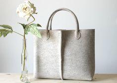 Elegant and casual natural beige felt bag from Italy por Lefrac, $83.00
