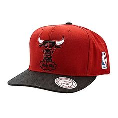7699277c205 Chicago Bulls Red Snap Back Hat With Windy City Angry Bull