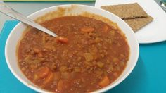 Slimming World ee sp lunch. Chunky Italian Tomato and Vegetable Soup with red and green lentils with 2 Dark Rye Ryvita.