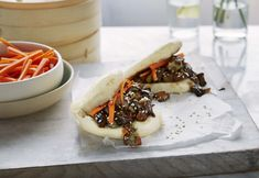 As the dough has a sweetness to it, the filling benefits from a powerful punch of flavor provided by the sticky hoisin eggplant Healthy Asian Recipes, Vegan Recipes, Aubergine Recipe, Bao Buns, Pickled Carrots, Toasted Sesame Seeds, Steamed Buns, Bun Recipe, Hoisin Sauce