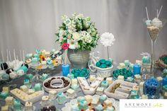 Turcoaz de primavara Table Decorations, Floral, Blog, Design, Florals, Flower, Dinner Table Decorations, Flowers
