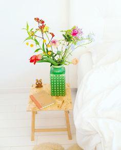 L O V E & L I F E ! De bloemen staan deze week gezellig in de slaapkamer…
