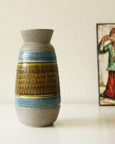 Bekijk dit items in mijn Etsy shop https://www.etsy.com/nl/listing/541063677/vintage-west-germany-vase-bay