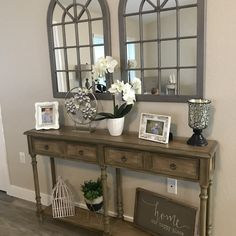 Are you searching for pictures for farmhouse decor? Browse around this website for amazing farmhouse decor inspiration. This amazing farmhouse decor ideas will look totally superb. Farmhouse Side Table, Farmhouse Decor, Modern Farmhouse, Country Decor, Rustic Decor, Living Room Designs, Living Room Decor, Dining Room, Diy Casa