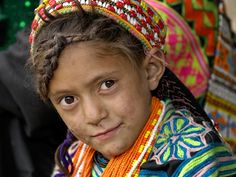 Pakistan | A Kalash Girl - Photo © Kieron Nelson  - The Kalash or Kalasha are a non-muslim tribe of Chitral, the northern district of the Pakistan's North-West Frontier Province (NWFP) } Beautiful Children, Beautiful People, Beautiful Women, We Are The World, People Around The World, Kalash People, Asian Kids, Love Culture, Central Asia