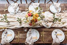 beautiful rustic tablescape idea using silk chiffon table runners