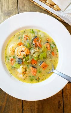 9. Triple Seafood Chowder #whole30 #recipes http://greatist.com/eat/whole30-dinner-recipes