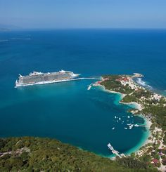 Welcome to Labadee. #caribbean #cruise #oasisoftheseas