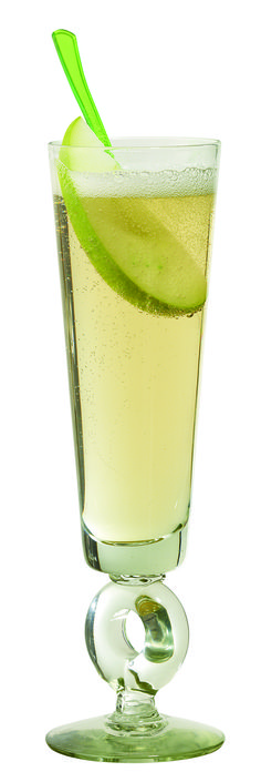Looking for the perfect St. Patrick's sipper? Look no further than our Luck O' the Irish Apple Sipper.